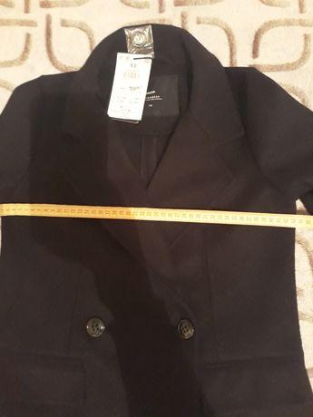 Пальто жіноче xs