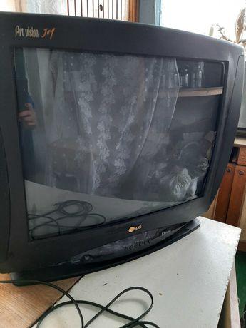Телевізор LG  модель № CF 21D70, в робочому стані.
