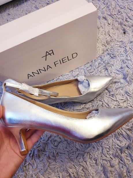 Anna Field NOWE 39