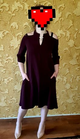 Продам платья 46 размер