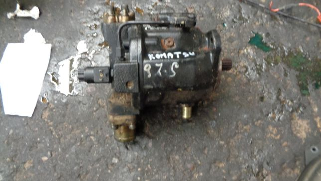 Komatsu WB97S pompa hydrauliczna