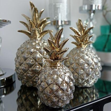 Ozdobne ananasy. Cena każdego ananasa w opisie.