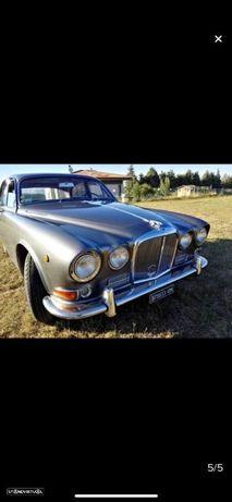 Jaguar MK II 420