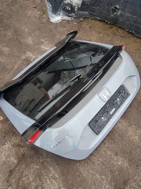 Крышка багажника Honda Civic X по 2019 год цвет nh877p и есть черная