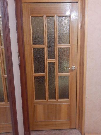 Продам деревянные межкомнатные двери 800 грн.