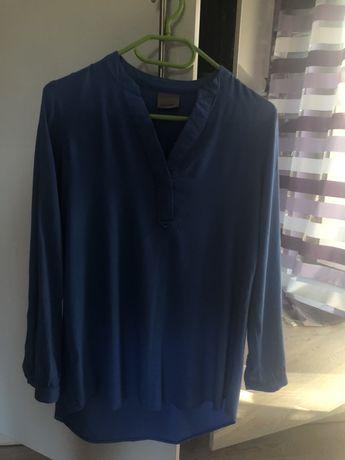 Błękitna bluzka z długim rękawem