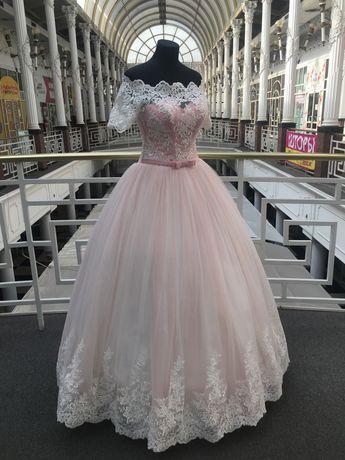 Свадебное платье . Распродажа свадебного салона . Размеры разные