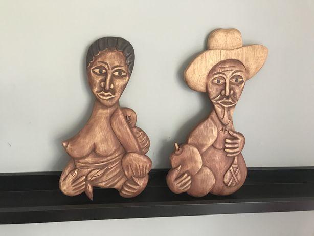 Figuras africanas decorativas em madeira