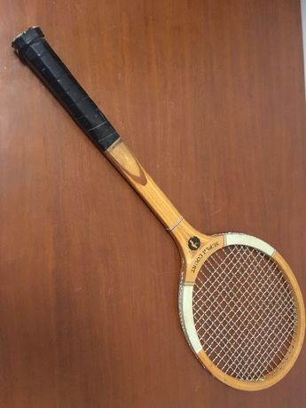 Raquete de ténis Snauwaert em Madeira