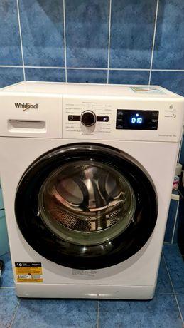 Продам итальянскую стиральную машину Whirlpool  FWSG 61083 WBV