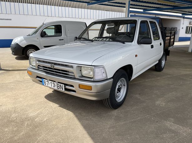 Toyota hilux 2.4 cabine dupla