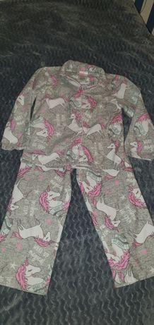 Piżamki dwuczęściowe 104