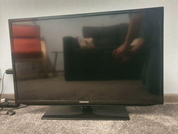 TV 32 cale Samsung ue32eh5020w - stan ideał.