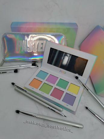Палетка теней и набор кистей для макияжа The Pastels by Beauty bay