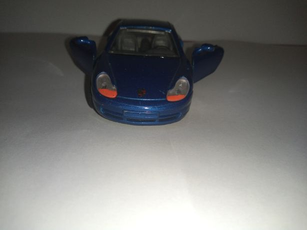 Porsche 911 w skali 1/ 43