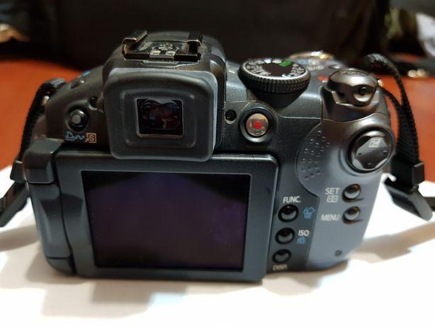 Aparat fotograficzny Canon S5 I5 Power Shot