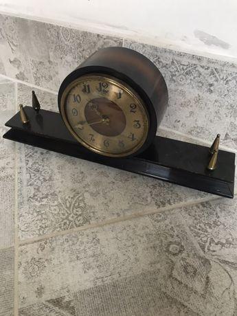 Часы СССР дервяные