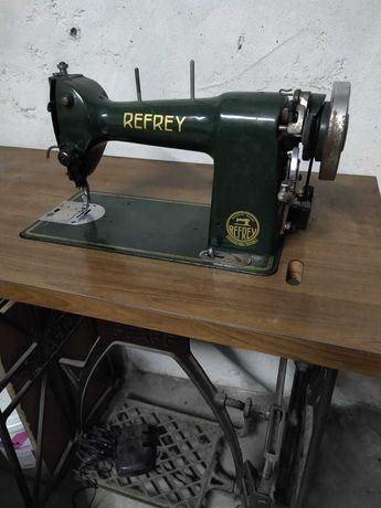 Máquina de Costura Eléctrica Antiga - Refrey