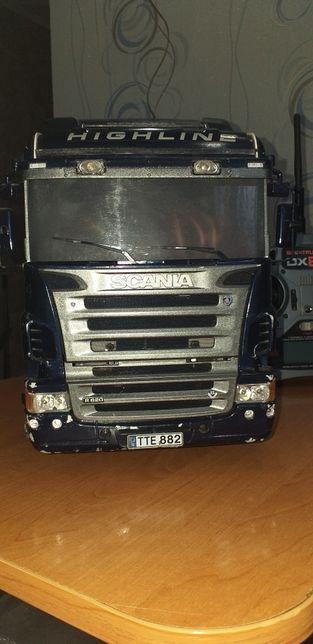 Радиоуправляемая модель грузовика SCANIA