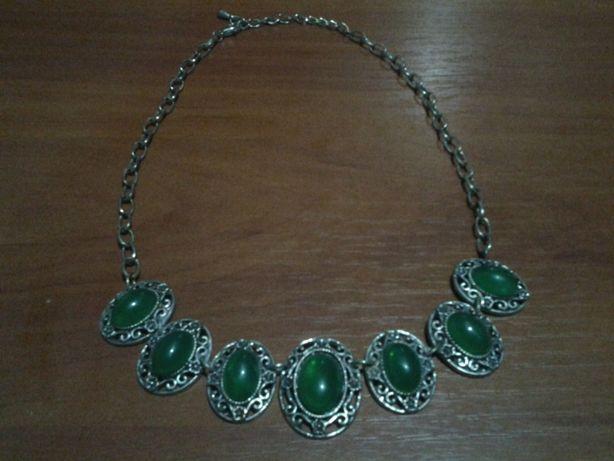 Натуральные ожерелья