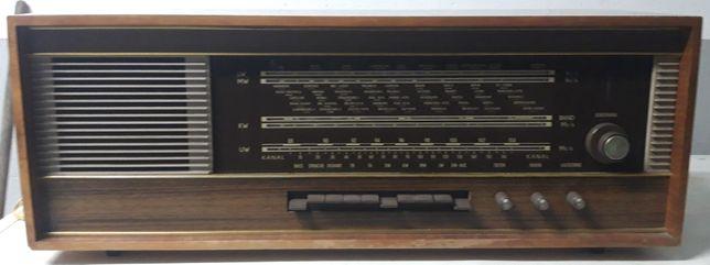 Variant 5560 Rádio a Válvulas