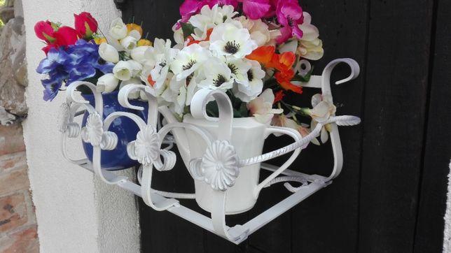 kwietnik kwiaty skrzynki balkonowe doniczki kwiaty cięte