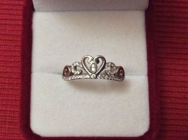 Серебряное колечко для принцесс и королев , 20 размер