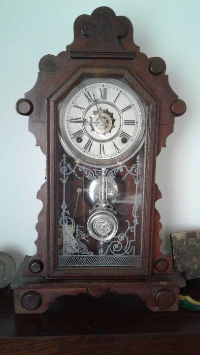 Relógio de parede muito antigo Santo António dos Olivais - imagem 1