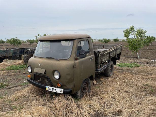 УАЗ 3303 бортовий