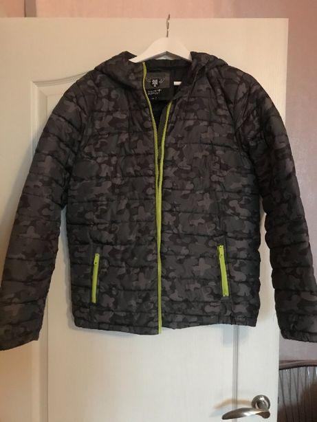 Куртка осінь зима (до -5) , ріст до 176 см