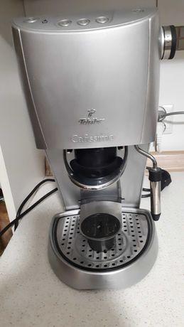 Ekspres do kawy Tchibo Cafissimo ze spieniaczem