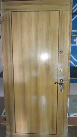 продам дверь металл