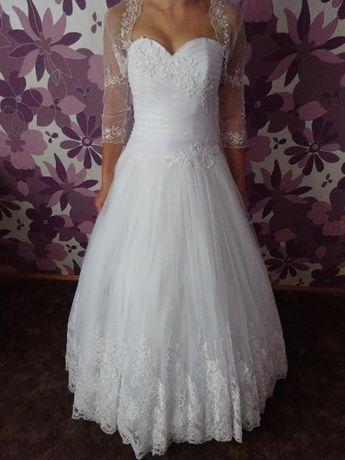 Suknia ślubna Larysa +dwa bolerka+welon+halka+buty