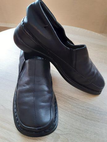 Жіночі туфлі 36р.чорні