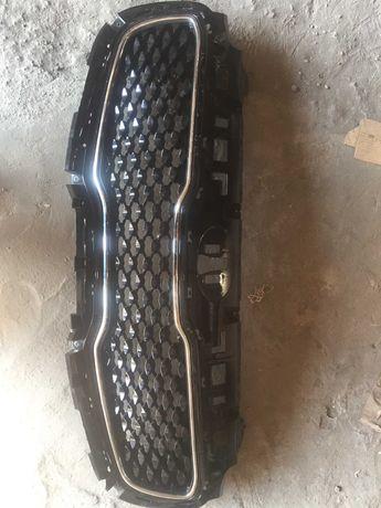 Kia sportage решетка бампера
