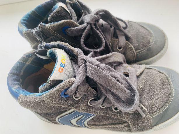 Шкіряні кросівки Geox