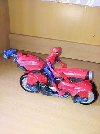 Человек паук на мотоцикле-трансформере