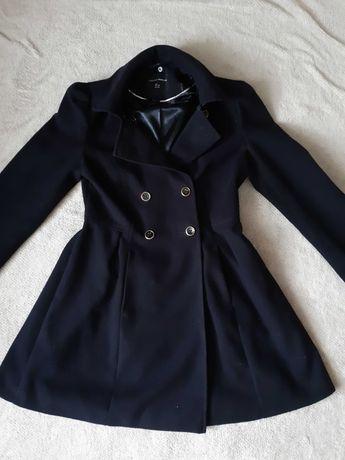 Granatowy płaszcz jak nowy