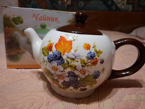 Чайник керамический в коробке новый