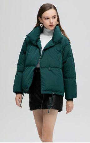 Женская зеленая/изумрудная осенняя куртка на кнопках,с карманами