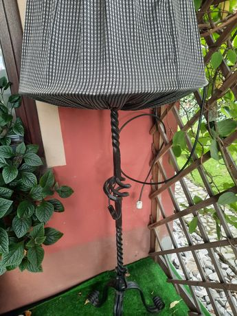 Lampa stojąca Kuta