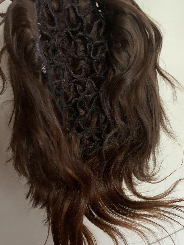 Парик, шиньон с натуральных  волос