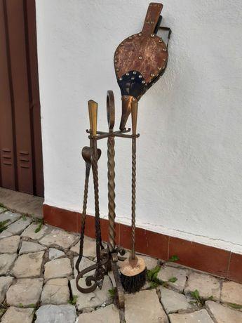 Conjunto de utensílios para lareira