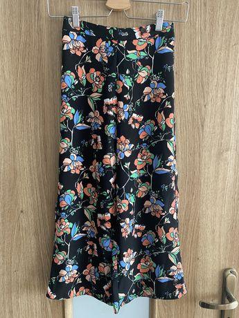 Dlugie szerokie spodnie