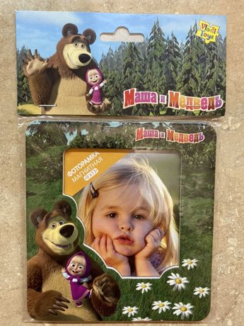 Детская магнитная фоторамочка Маша и Медведь фоторамка на холодильник