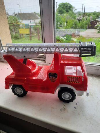 Игрушка, пожарная машина
