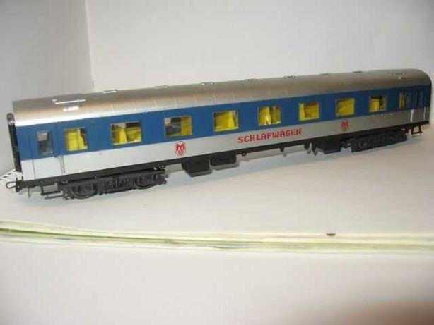 Пассажирский вагон Piko Пико. Железная дорога НО 1:87
