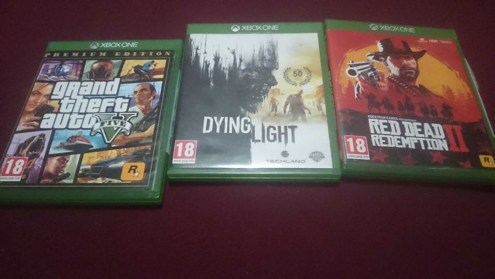 Gry 3 szt xbox one Red dead redemption 2 , GTA V , Dying light Gubin - image 1