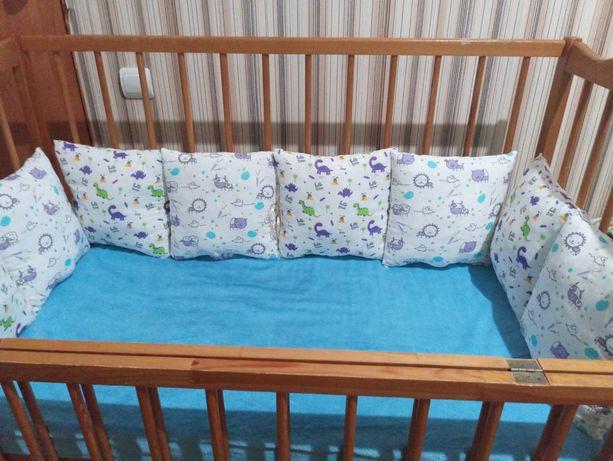 Бортики, защита, подушечки для детской кроватки /манеж/ 8 шт.