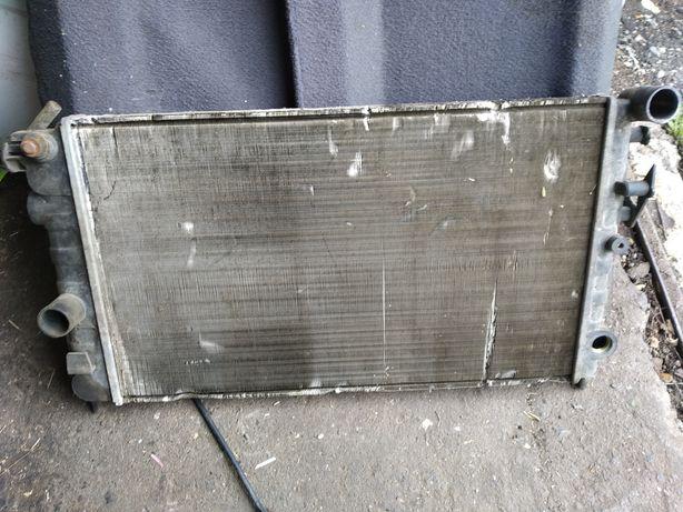 Основной радиатор Опель вектра А 1.6